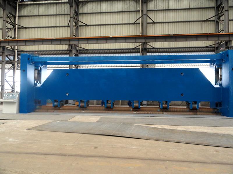 12.5m three-roller plate bender