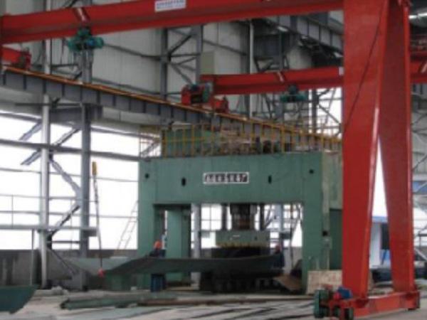 1000T hydraulic machine
